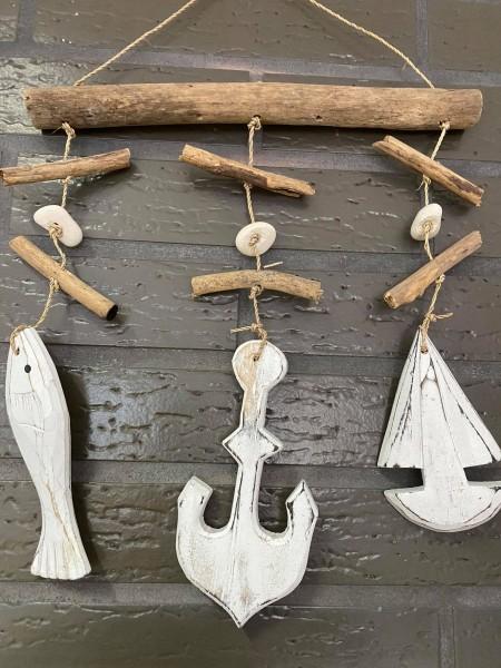 Windspiel Girlande Kette weiß mit Anker, Segelboot und Fisch aus echtem Holz handgemacht Unikat!